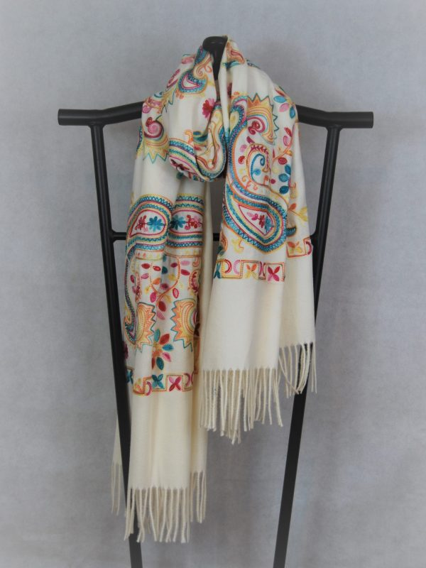 Persian Winter Scarf Cream with Paisley Pattern