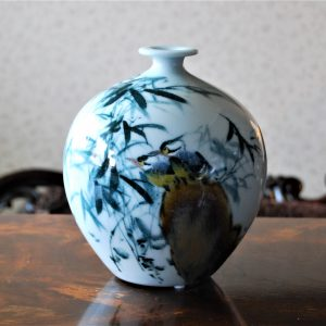 HANDMADE PORCELAIN VASE WITH FREE HAND PAINTED WATER LILY SMALL